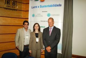 Marcelo Furtado, diretor de campanhas do Greenpeace, Jodie Thorpe, gerente para economias emergentes da SustainAbility e Fernando Almeida, presidente executivo do CEBDS.